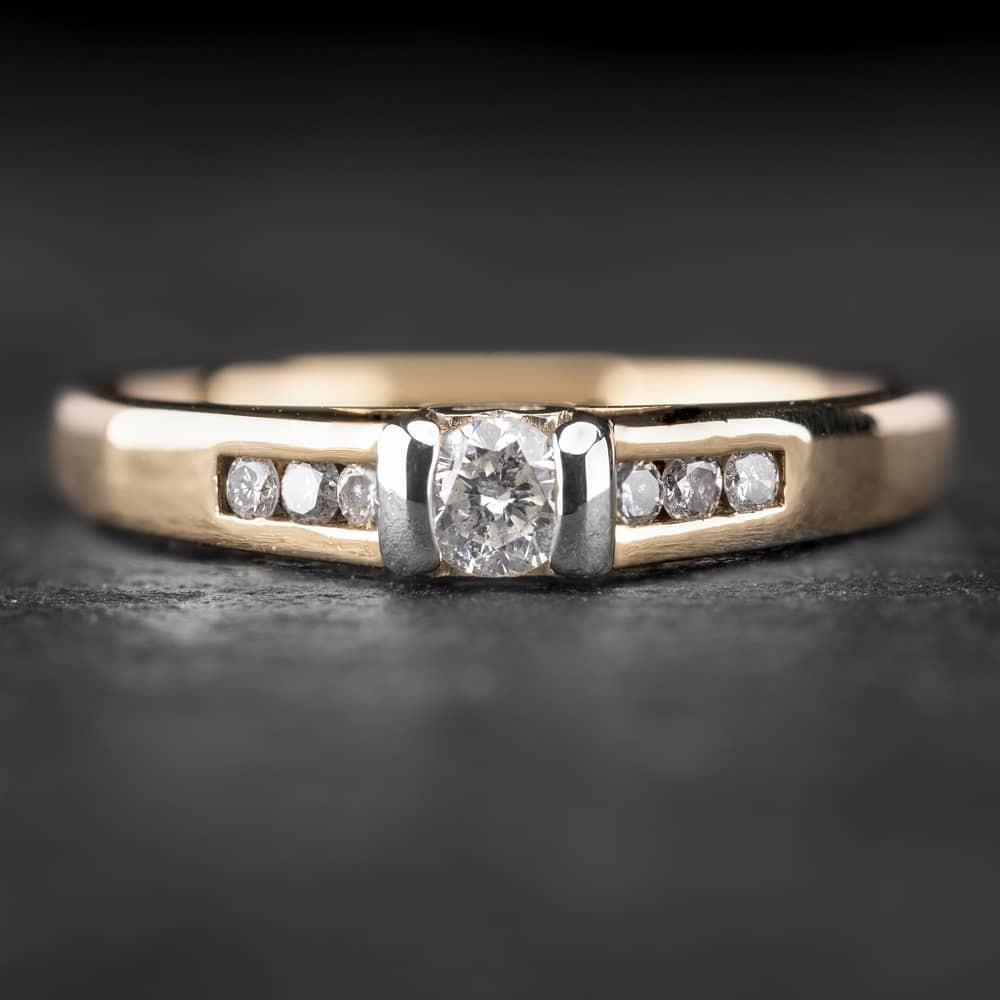 """Auksinis žiedas su Briliantais """"The Elegance 17"""""""