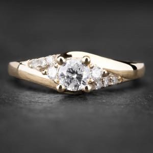 """Sužadėtuvių žiedas su Briliantais """"Shiny Flower 7"""""""