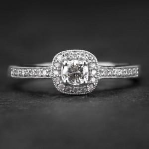 """Auksinis žiedas su Deimantais """"Tiara 18"""""""