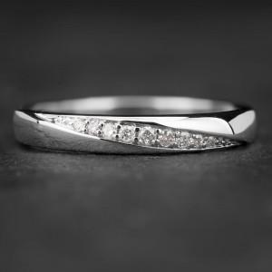 """Auksinis žiedas su Briliantais """"Deimantinė Juostelė 19"""""""
