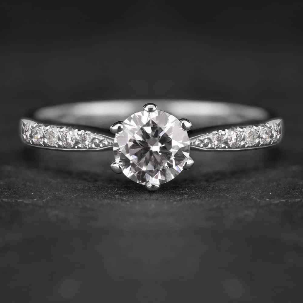 """Auksinis žiedas su Deimantais """"Tiara 5"""""""