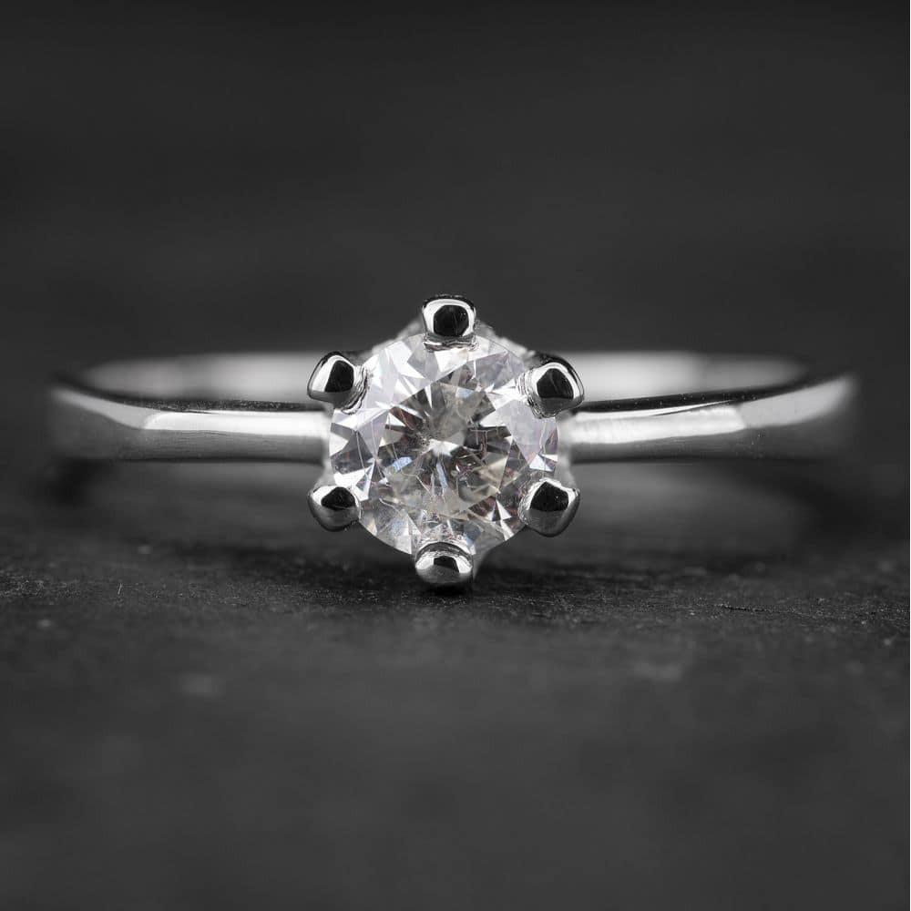 """Sužadėtuvių žiedas su Briliantu """"Enchanting 3"""""""