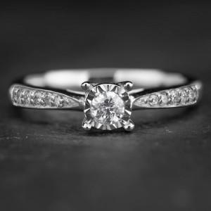 """Auksinis žiedas su Briliantais """"Nuostabusis 3"""""""