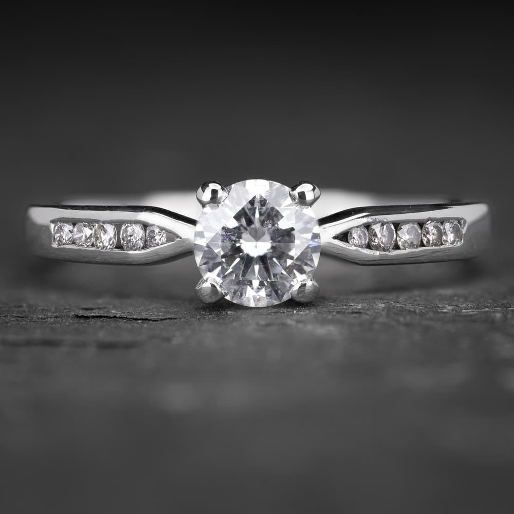 """Sužadėtuvių žiedas su Deimantais """"The Elegance 26"""""""