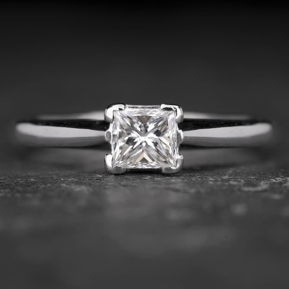 """Sužadėtuvių žiedas su Deimantu """"Princess 29"""""""