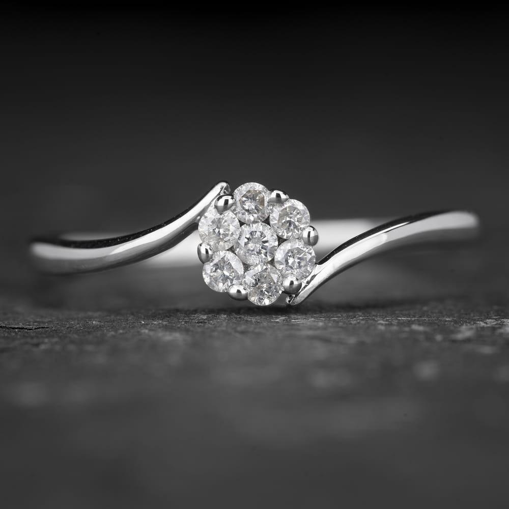 """Auksinis žiedas su Briliantais """"Shiny Flower 9"""""""