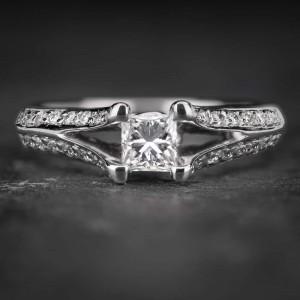 """Auksinis žiedas su Deimantais """"Tiara 8"""""""