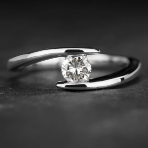 "Sužadėtuvių žiedas su Deimantu ""Fortune 11"""