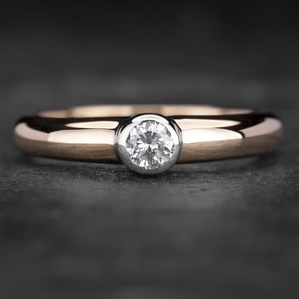 """Sužadėtuvių žiedas su Briliantu """"Sweetness 21"""""""