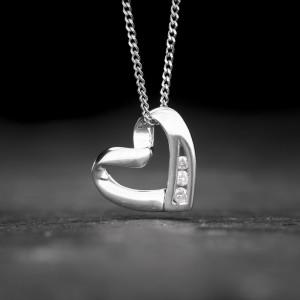 """Auksinė grandinėlė ir pakabukas su Briliantais """"Arčiau Širdies 3"""""""