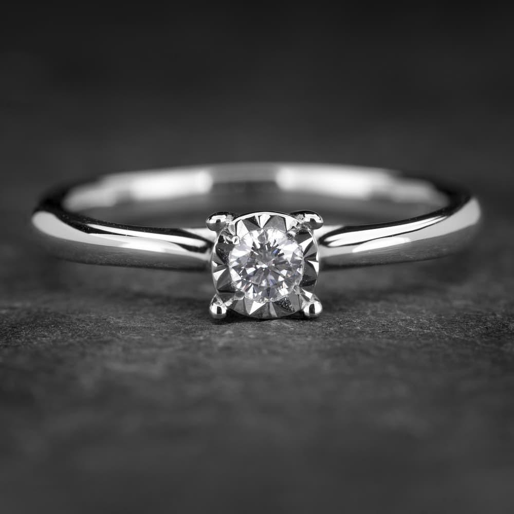 """Sužadėtuvių žiedas su Briliantu """"The Sun 36"""""""