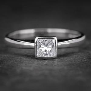 """Auksinis žiedas su Deimantu """"Princess 45"""""""