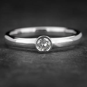 """Sužadėtuvių žiedas su Briliantu """"Sweetness 25"""""""