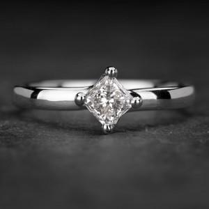 """Sužadėtuvių žiedas su Deimantu """"Princess 51"""""""
