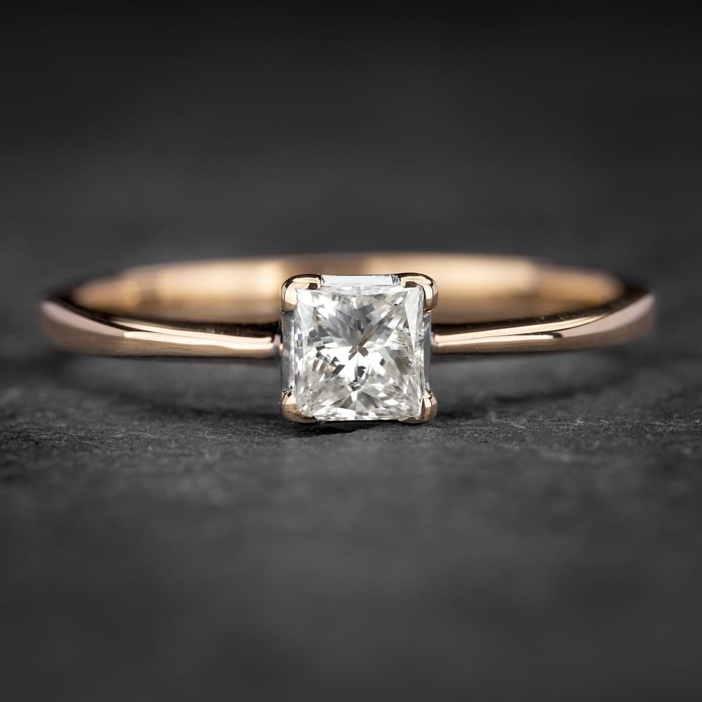 """Sužadėtuvių žiedas su Deimantu """"Princess 15"""""""