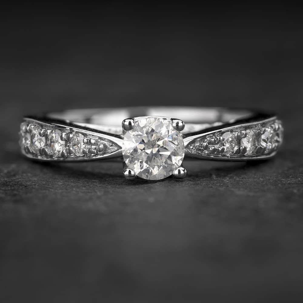 """Sužadėtuvių žiedas su Briliantais """"Two Hearts 5"""""""