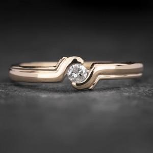 "Auksinis žiedas su Briliantu ""Fortune 25"""