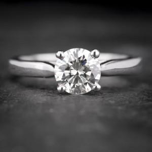 """Sužadėtuvių žiedas su Briliantu """"Enchanting 7"""""""