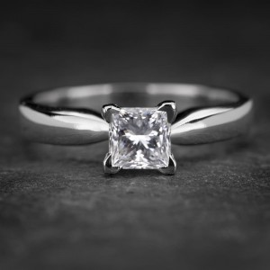 """Sužadėtuvių žiedas su Deimantu """"Princess 54"""""""
