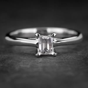 """Sužadėtuvių žiedas su Deimantu """"The Diamond 55"""""""