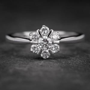 """Auksinis žiedas su Briliantais """"Shiny Flower 15"""""""