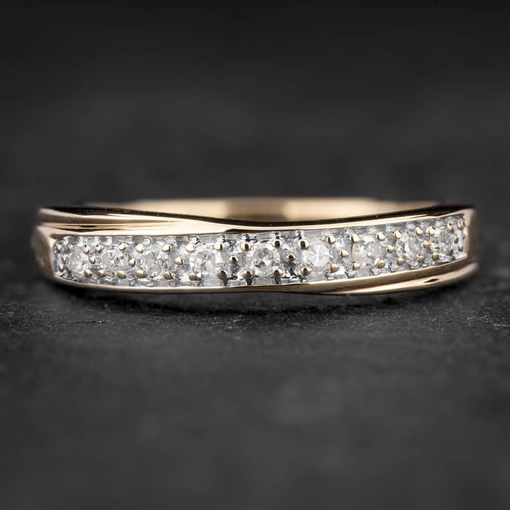 """Auksinis žiedas su Briliantais """"Deimantinė Juostelė 35"""""""