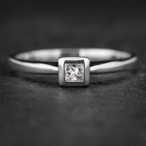 """Sužadėtuvių žiedas su Deimantu """"Princess 58"""""""