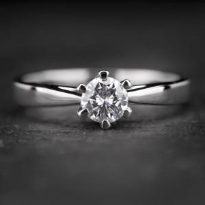 """Sužadėtuvių žiedas su Briliantu """"Enhanting 10"""""""