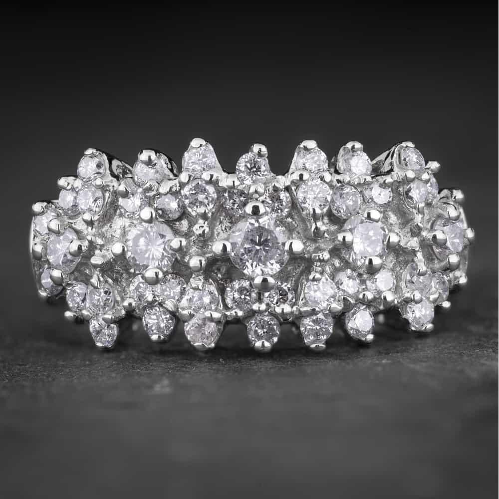 """Auksinis žiedas su Deimantais """"Shiny Bunch 32"""""""