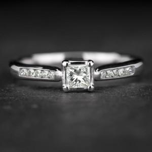 """Sužadėtuvių žiedas su Deimantais """"Princess 62"""""""