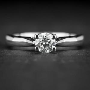 """Sužadėtuvių žiedas su Briliantu """"The Goddess 53"""""""