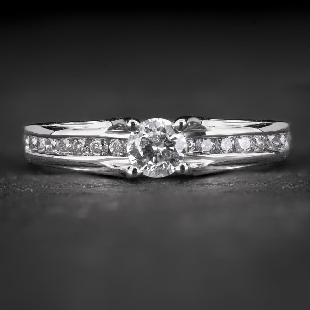 """Auksinis žiedas su Briliantais """"The Elegance 60"""""""