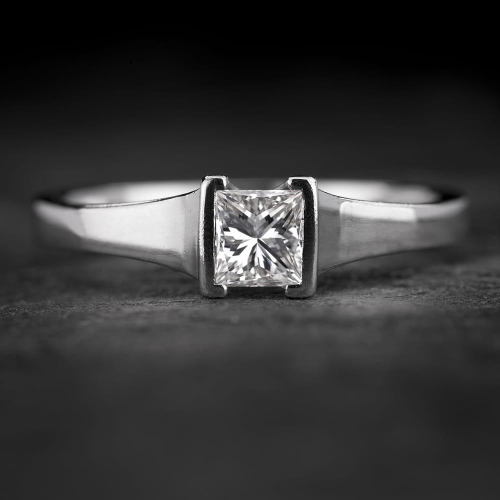 """Sužadėtuvių žiedas su Deimantu """"Princess 74"""""""
