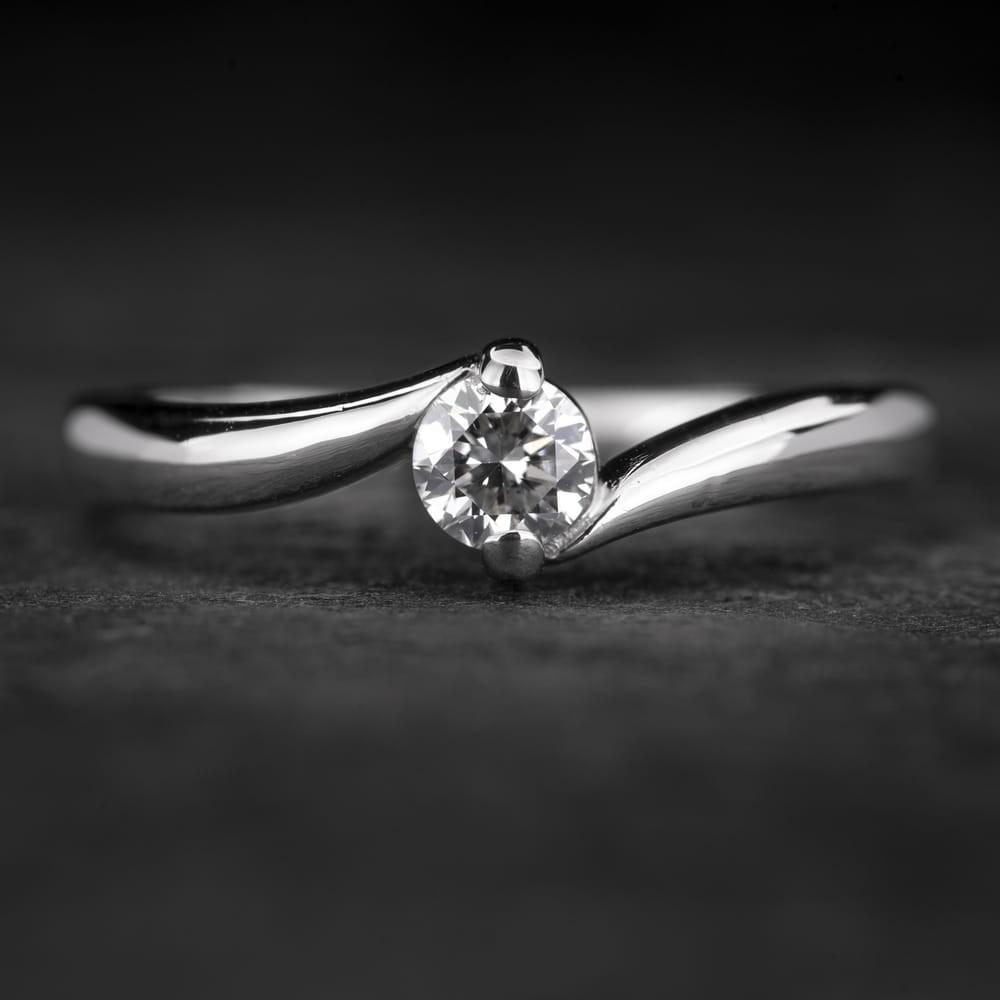 "Sužadėtuvių žiedas su Deimantu ""Fortune 40"""