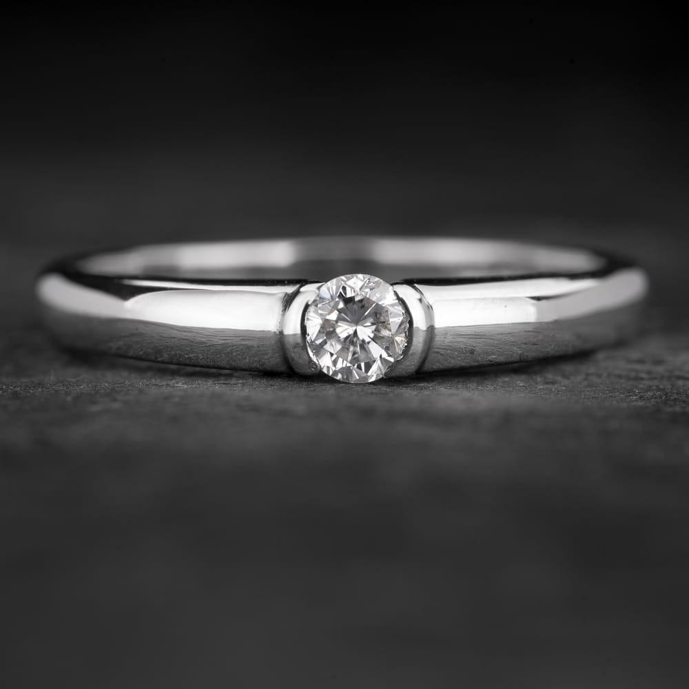 """Sužadėtuvių žiedas su Briliantu """"Sweetness 38"""""""