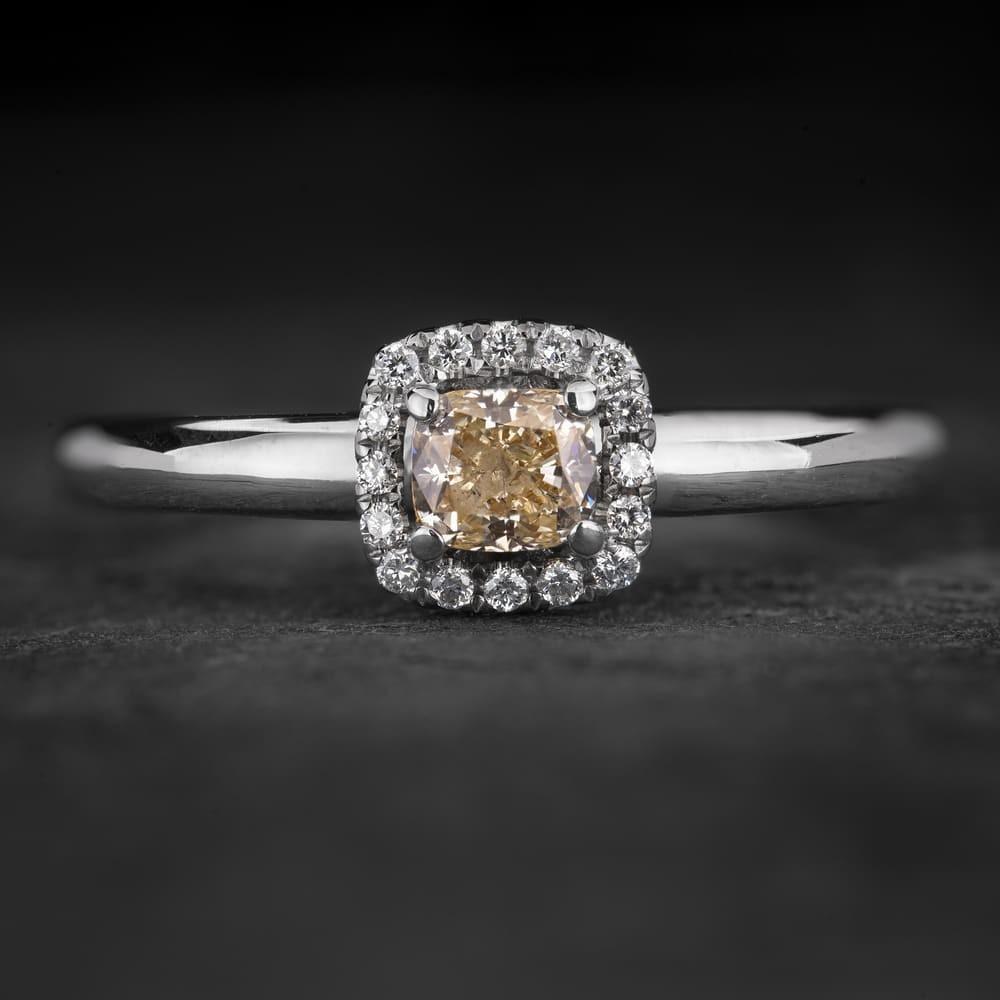 """Sužadėtuvių žiedas su Deimantais """"Shiny Bunch 35"""""""