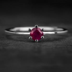 """Sužadėtuvių žiedas su Rubinu """"The Flower of Ruby 6"""""""