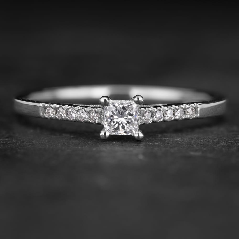 """Sužadėtuvių žiedas su Deimantais """"Princess 78"""""""