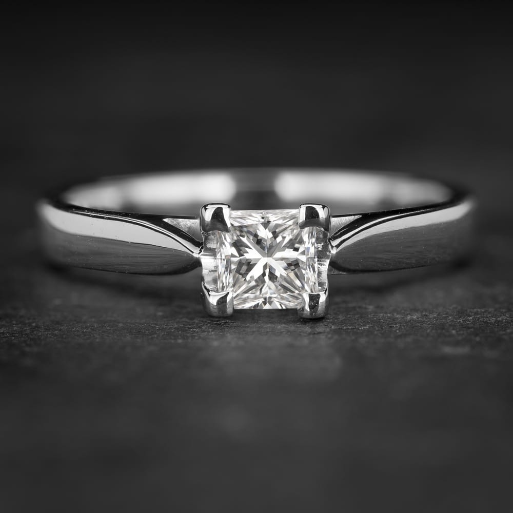 """Sužadėtuvių žiedas su Deimantu """"Princess 79"""""""
