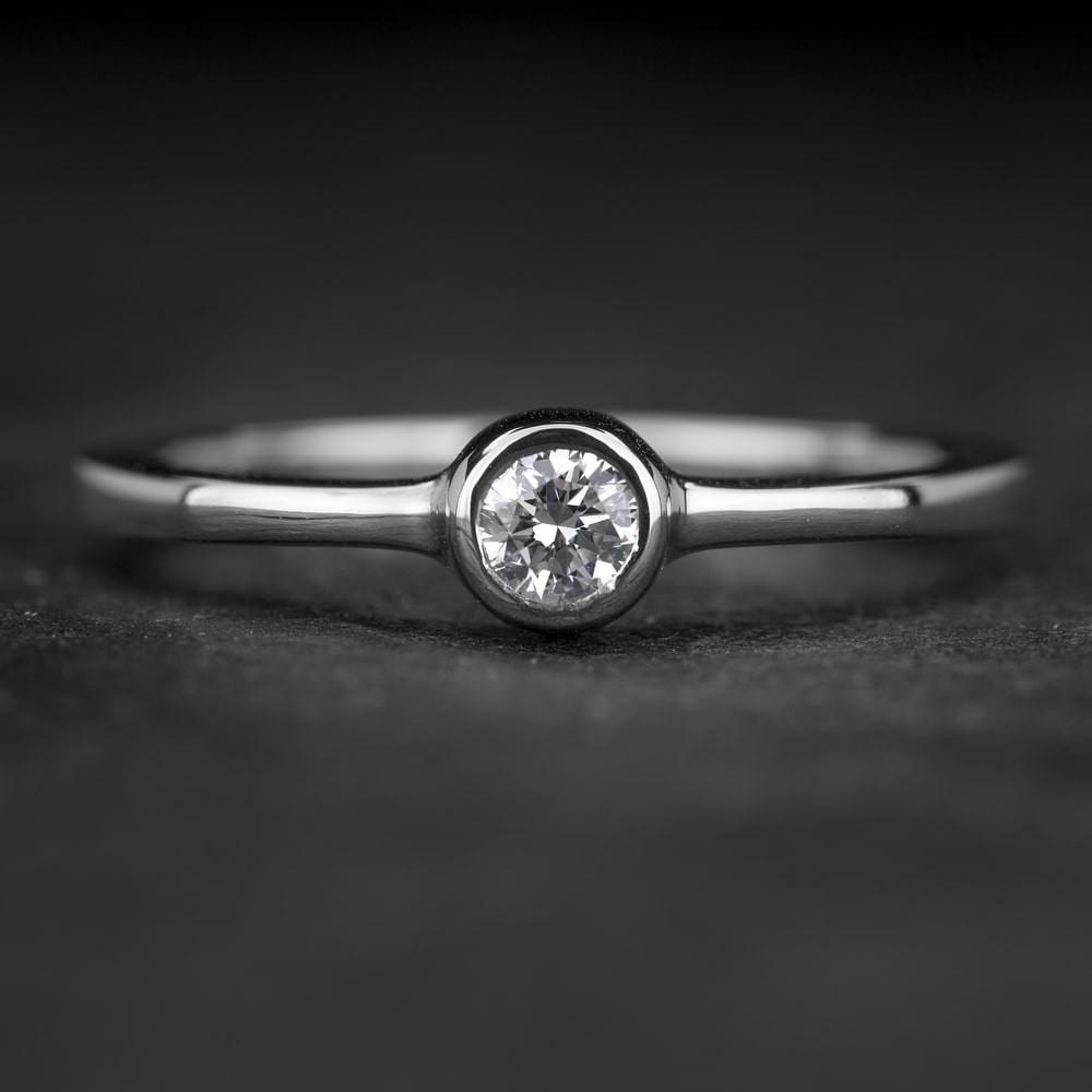 """Sužadėtuvių žiedas su Briliantu """"Sweetness 41"""""""
