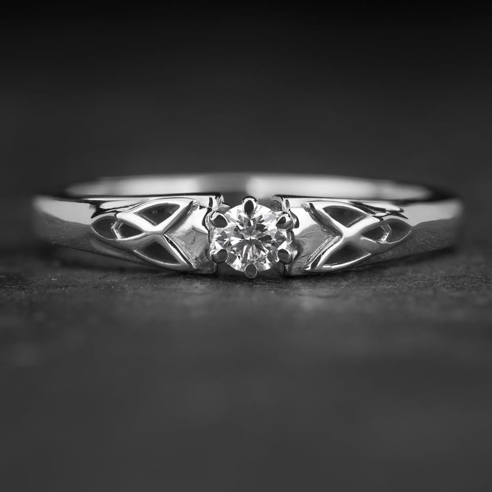 """Sužadėtuvių žiedas su Briliantu """"Fortune 50"""""""