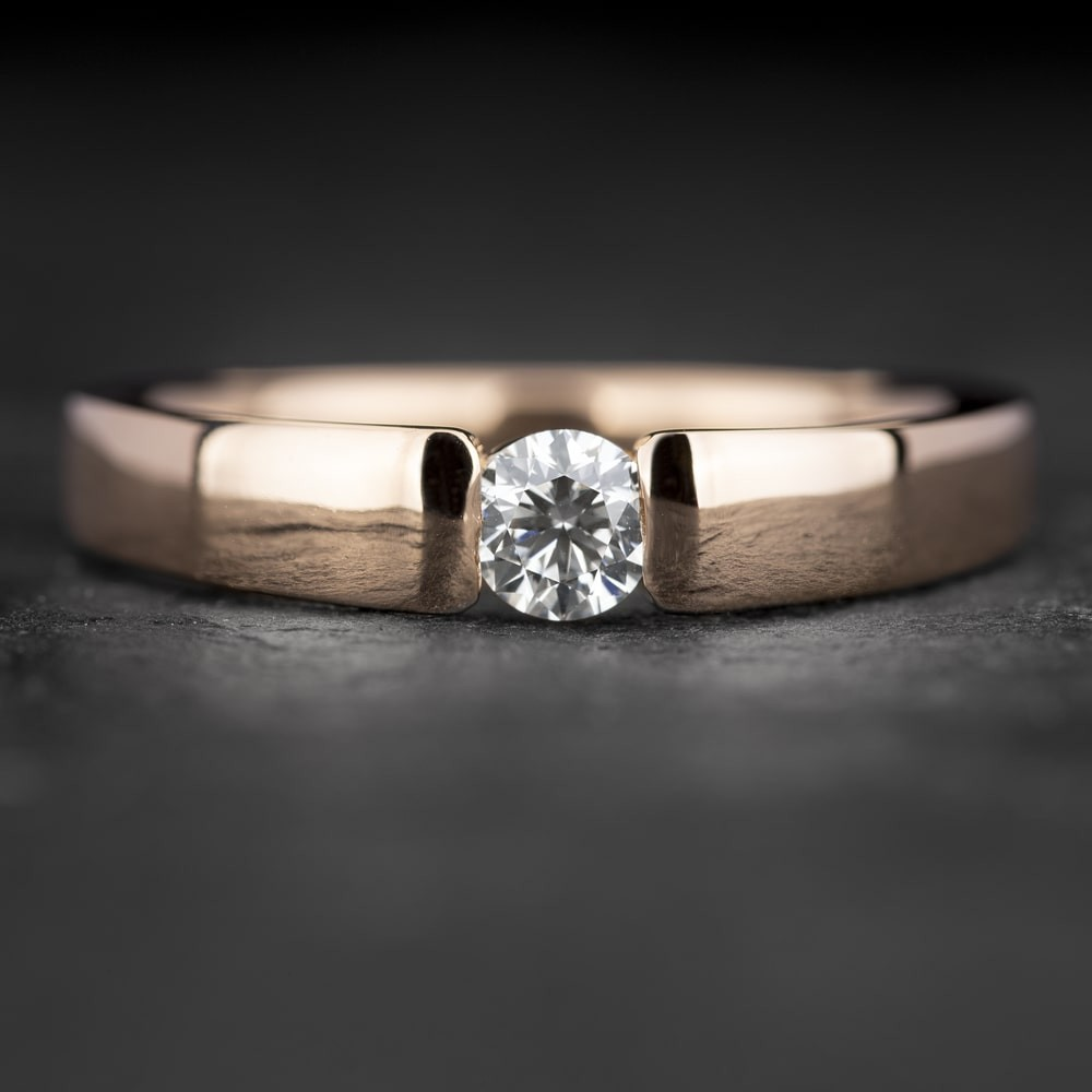 """Sužadėtuvių žiedas su Briliantu """"Sweetness 49"""""""