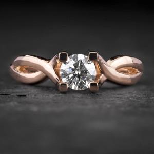 """Sužadėtuvių žiedas su Briliantu """"Fortune 54"""""""