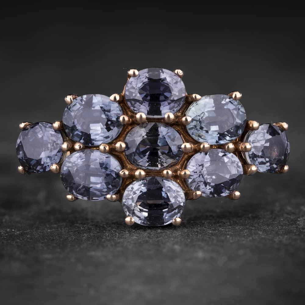 """Auksinis žiedas su Safyrais """"Santūrumas 20"""""""