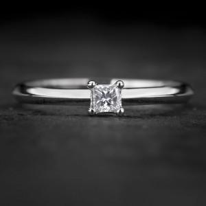 """Sužadėtuvių žiedas su Deimantu """"Princess 85"""""""