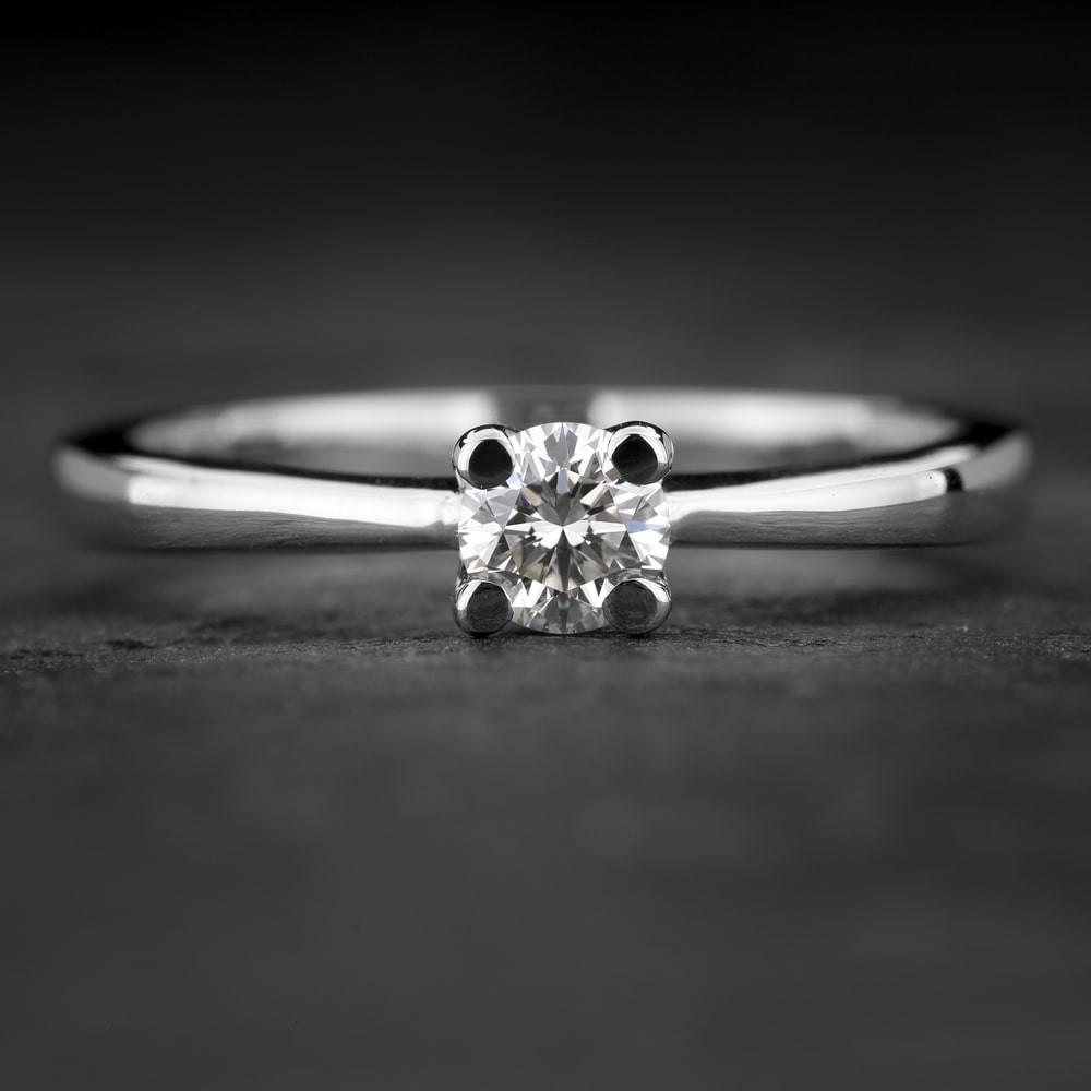 """Sužadėtuvių žiedas su Briliantu """"The Goddess 99"""""""