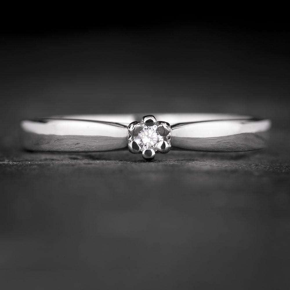 """Sužadėtuvių žiedas su Briliantu """"Classic 55"""""""