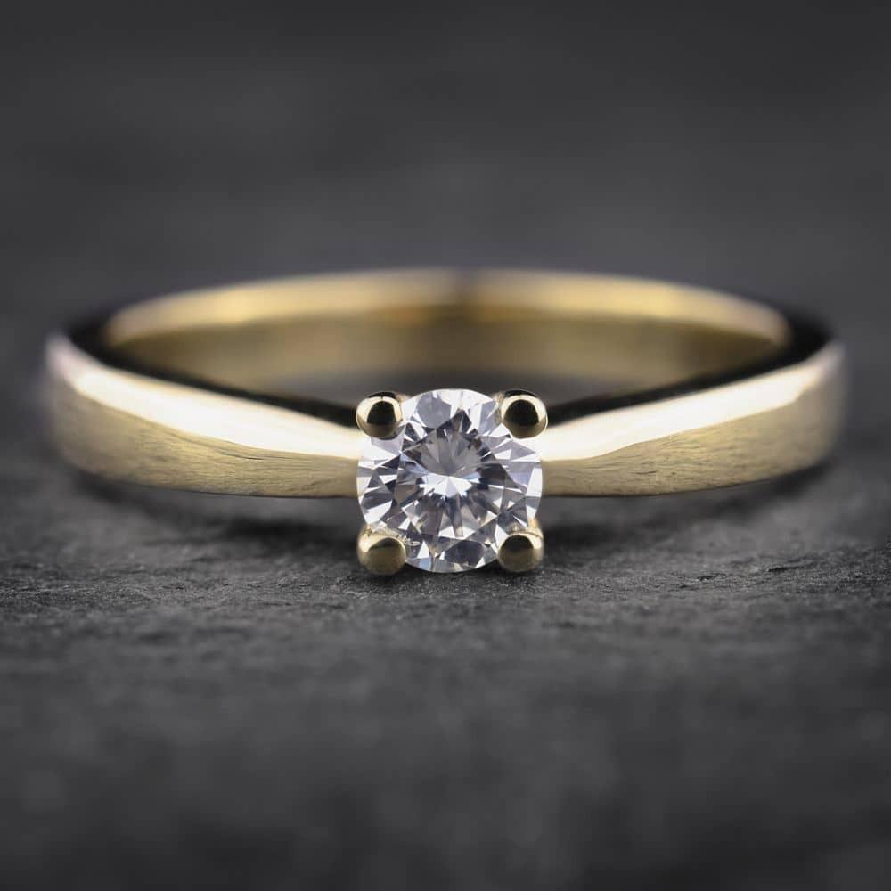 """Auksinis žiedas su Deimantu """"The Best II"""""""