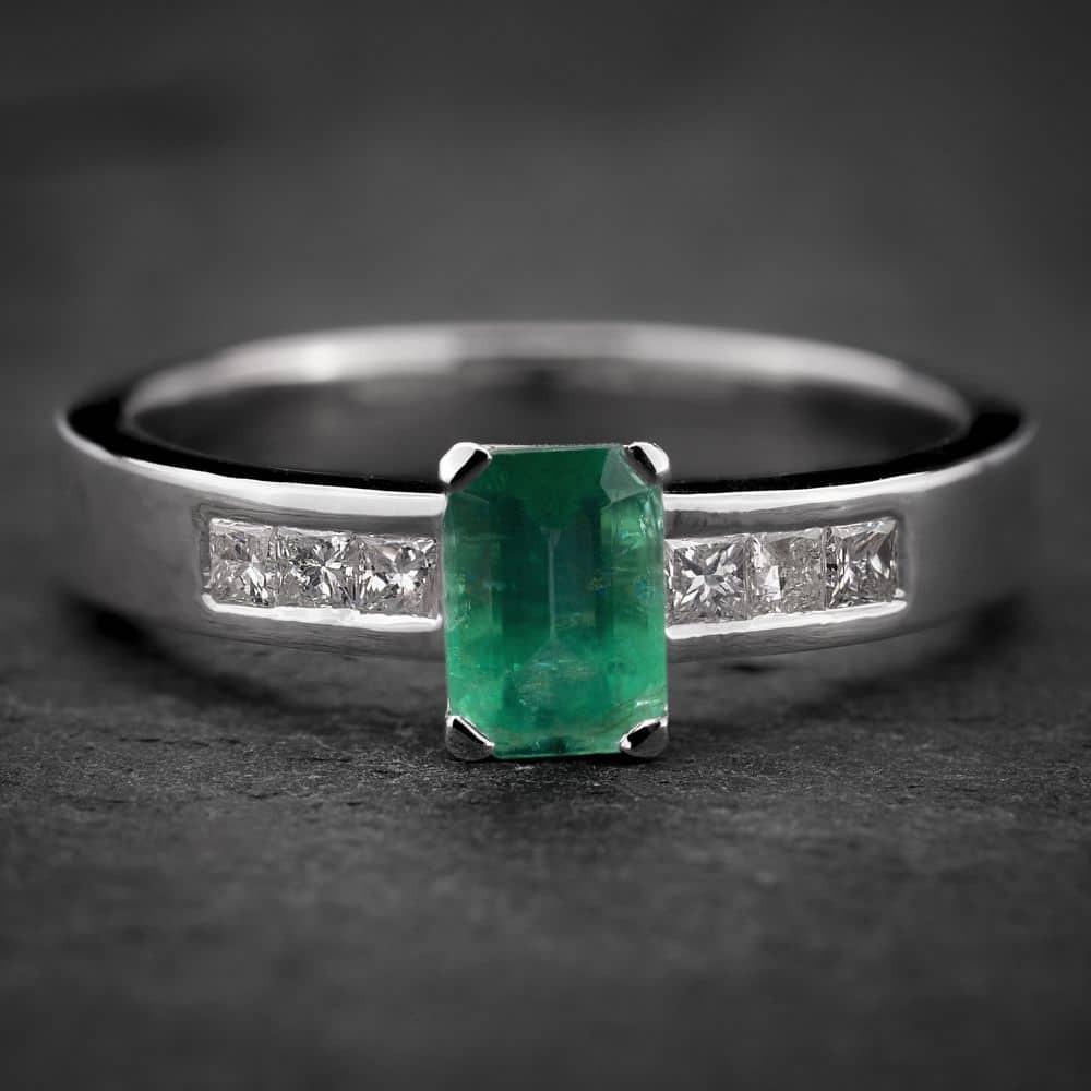 """Auksinis žiedas su Brangakmeniais """"Aristokratas IV"""""""