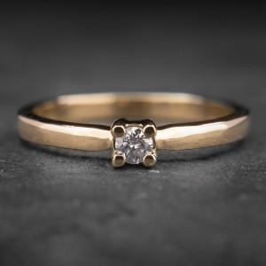 """Auksinis žiedas su Briliantu """"Tvirtybė 20"""""""